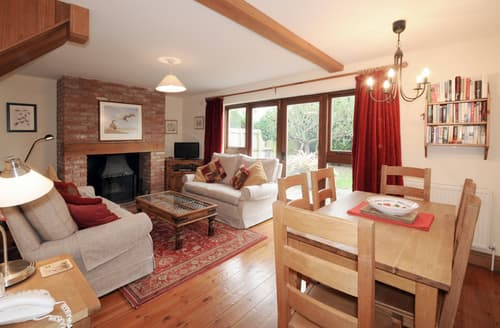 Last Minute Cottages - Beautiful Cley Cottage S134880