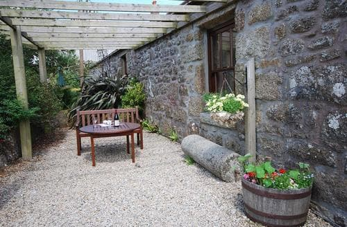 Last Minute Cottages - Cosy West Cornwall Cottage S135020