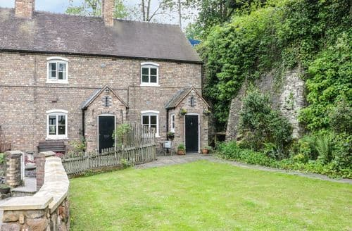 Last Minute Cottages - Charming Ironbridge Cottage S135031