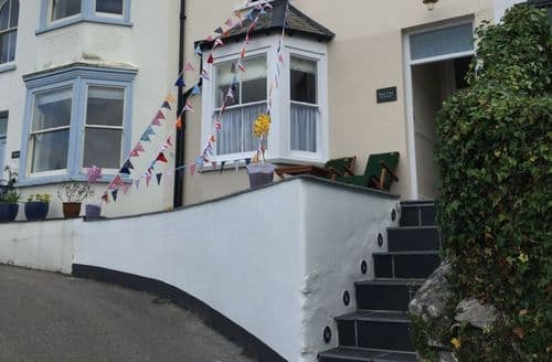 Last Minute Cottages - Lovely Fowey Cottage S135037