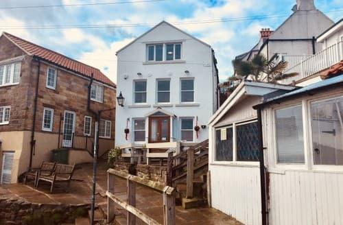 Last Minute Cottages - Royal Flat, Runswick Bay S131243