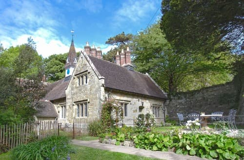 Last Minute Cottages - Lovely Ventnor Cottage S135190