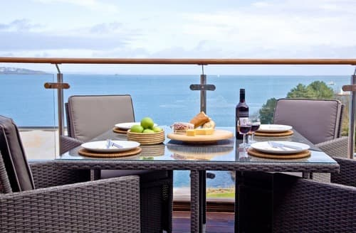 Last Minute Cottages - Curlew 4 - The Cove