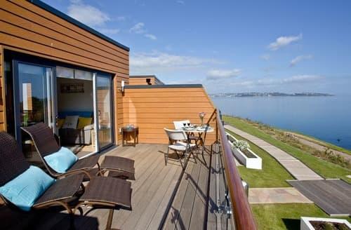 Last Minute Cottages - Attractive Brixham Apartment S135205