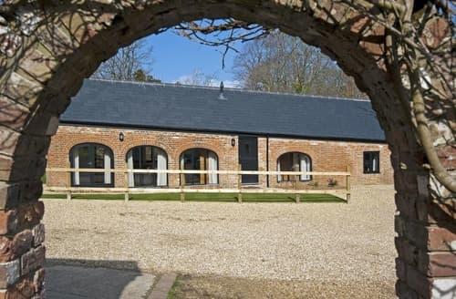Last Minute Cottages - Fernhill - Fernhill Farm
