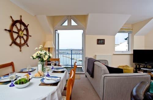 Last Minute Cottages - Wonderful Brixham Apartment S135268