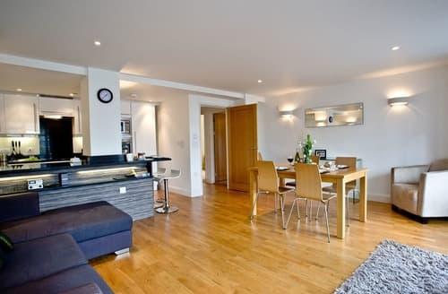 Last Minute Cottages - Splendid Torquay Apartment S135300