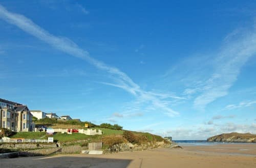 Last Minute Cottages - Beautiful Newquay Apartment S135311