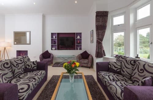 Last Minute Cottages - Attractive Shanklin Apartment S135328