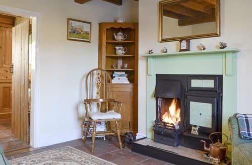 Last Minute Cottages - Luxury Sancton Cottage S135402