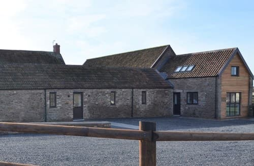 Last Minute Cottages - Beautiful Bristol Cottage S135408