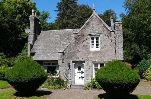 Last Minute Cottages - Hensol Lodge