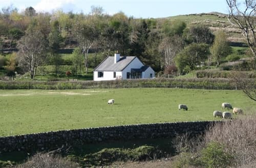 Last Minute Cottages - Superb  Cottage S135552