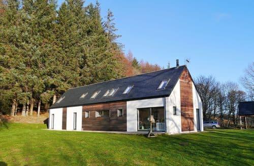 Last Minute Cottages - Lovely Aberlour Cottage S135565