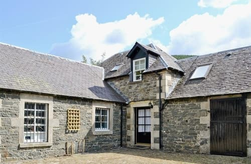 Last Minute Cottages - Adorable Biggar Cottage S135572