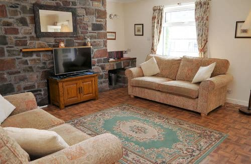 Last Minute Cottages - Splendid Strathcarron Cottage S135578