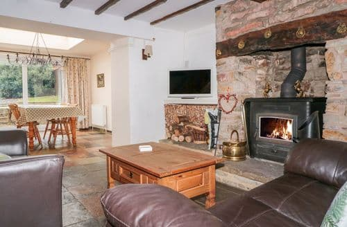 Last Minute Cottages - Lovely Bream Cottage S135727