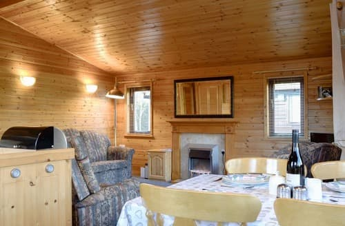 Last Minute Cottages - Luxury Near Keswick Lodge S135760