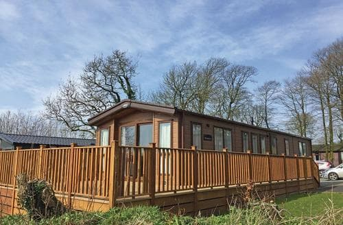 Last Minute Cottages - Captivating Camelford Lodge S135829