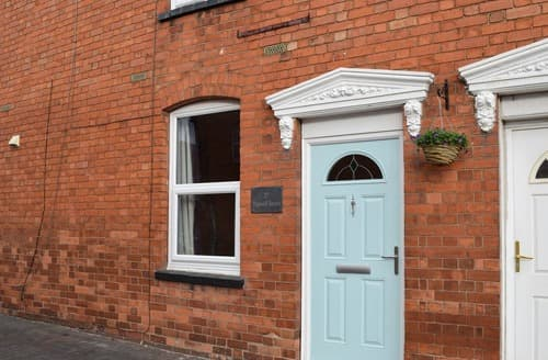Last Minute Cottages - Cosy Stratford Upon Avon Cottage S135843