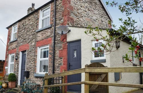 Dog Friendly Cottages - Beautiful The Green Cottage S135844