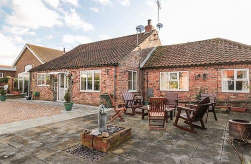 Last Minute Cottages - Butterfly Cottage