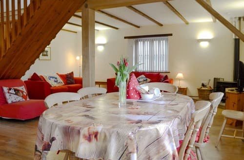 Last Minute Cottages - Inviting Ringwood Cottage S136024