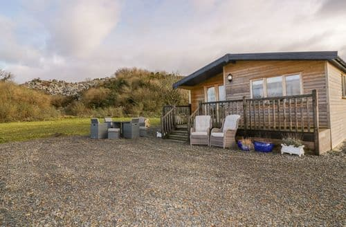Last Minute Cottages - Costentyn, Tor Down Quarry