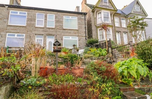 Last Minute Cottages - Charming Newlyn Cottage S136089