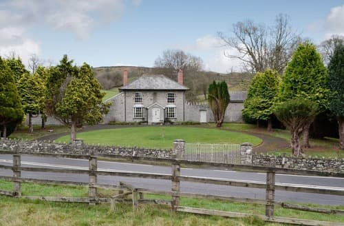 Last Minute Cottages - Inviting Llanelwedd Cottage S136117