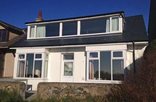 Last Minute Cottages - Inviting Rhosneigr Cottage S136200