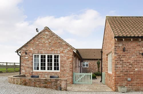 Last Minute Cottages - Splendid Holtby Cottage S136323