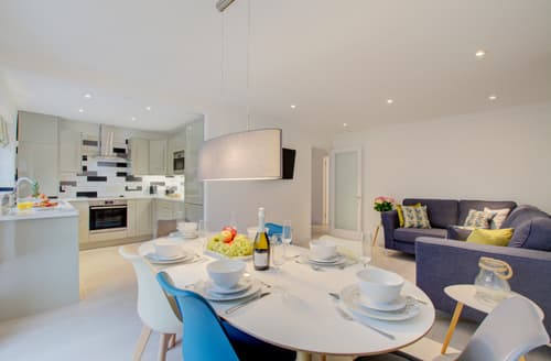 Last Minute Cottages - Adorable Padstow Town Cottage S136513