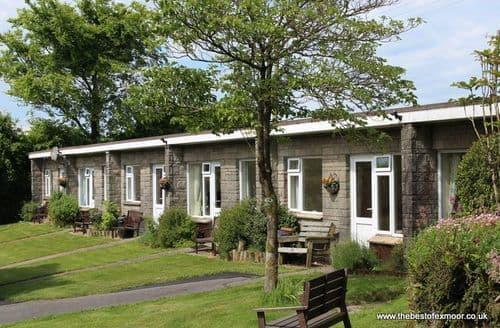 Last Minute Cottages - Delightful Lynton Apartment S136592