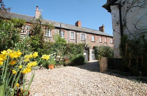 Last Minute Cottages - Lovely Minehead Cottage S136623