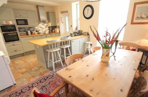Last Minute Cottages - Pip's Corner, Lynton