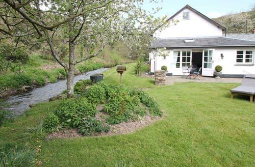 Last Minute Cottages - Gorgeous Barnstaple Cottage S136686
