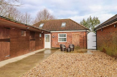 Last Minute Cottages - Stable End Cottage