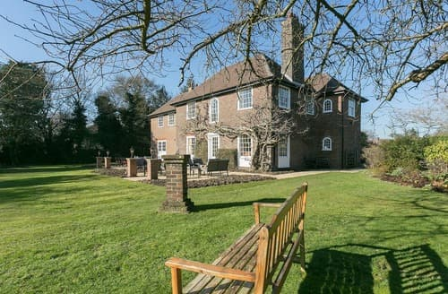 Big Cottages - Tasteful Bearsted Cottage S136874