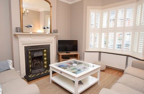 Last Minute Cottages - Cosy Swanage Cottage S136995