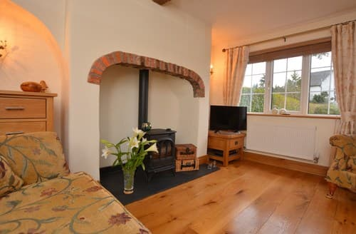 Last Minute Cottages - Beautiful Telford Cottage S136996