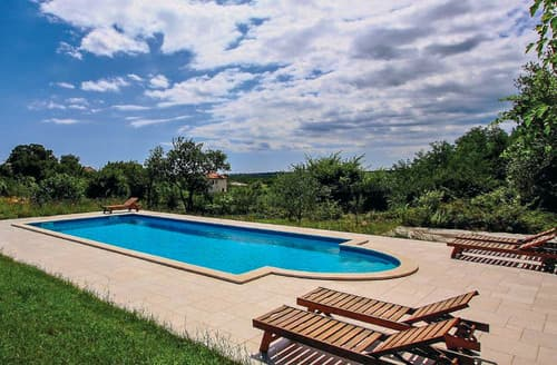 Last Minute Cottages - Villa Dubravka