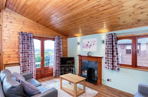 Last Minute Cottages - Luxury Godshill Lodge S137106