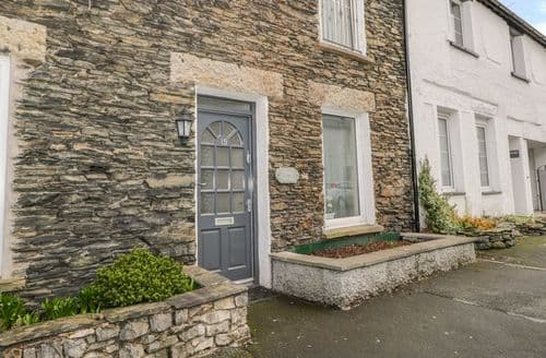 Last Minute Cottages - Charming Windermere Cottage S137179