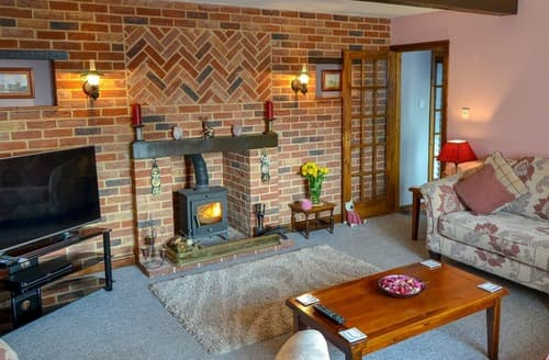 Last Minute Cottages - Grange Farmhouse