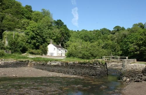 Last Minute Cottages - Pont Quay Cottage