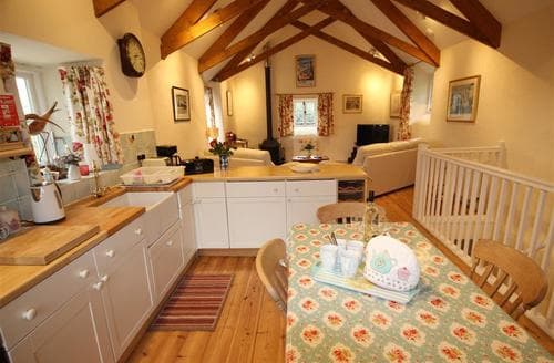 Last Minute Cottages - Penberthy Barn