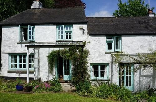 Last Minute Cottages - Wonderful South Cornwall Lodge S81664