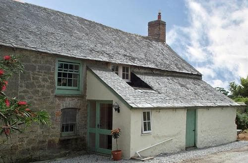 Last Minute Cottages - Trevarthian Farm Wing