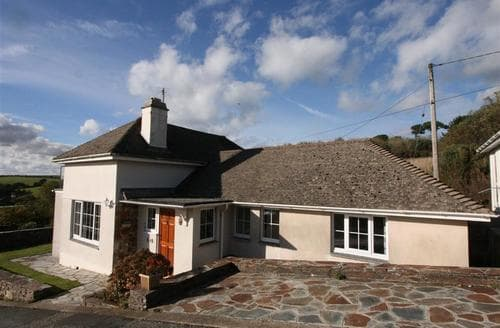 Last Minute Cottages - Lovely South Cornwall Rental S26443